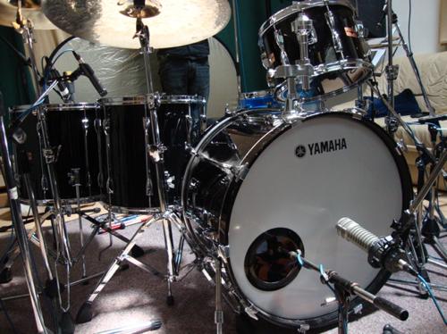 yamaha 9000 drums. guillaume charreau - yamaha 9000 studio1.jpg drums n